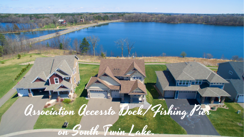 3072 Lowell Court Lake View